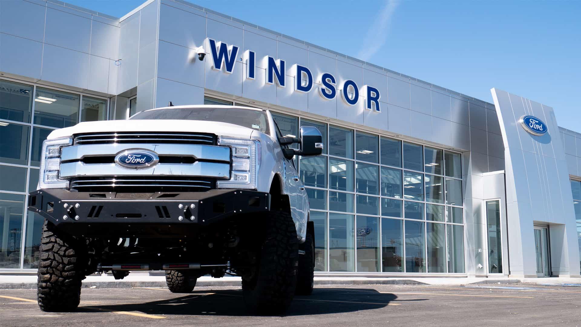 Canada's Biggest Ford Dealership